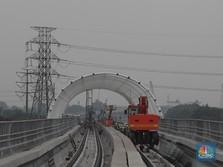 LRT Jabodebek Uji Coba Oktober, Luhut: Terlambat Setahun