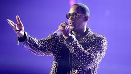 R Kelly Didakwa Suap Demi Nikahi Penyanyi di Bawah Umur