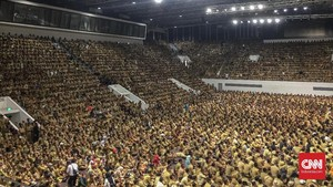 Jokowi Tunda Setarakan Gaji Kepala Desa Selevel PNS ke 2020