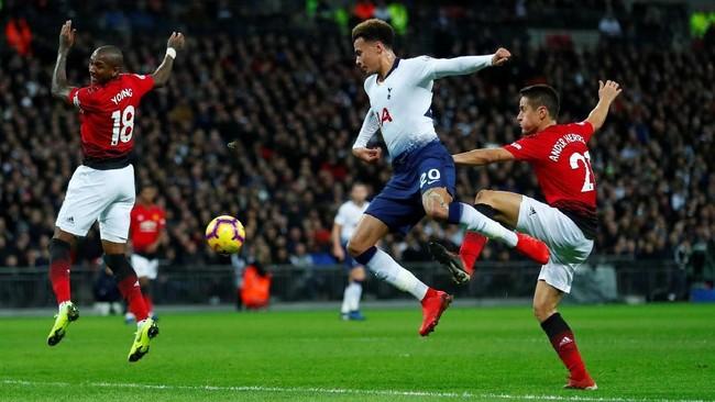 Tottenham menjamu Man United di Stadion Wembley pada lanjutan Liga Inggris, Minggu (13/1). Man United masih sempurna di bawah asuhan Ole Gunnar Solskjaer setelah menang di lima pertandingan di semua kompetisi. (REUTERS/Eddie Keogh)