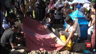 VIDEO: Beda Pilihan Caleg, Kuburan Keluarga Dipisahkan