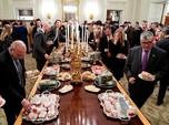 Pemerintahan AS Tutup, Trump Terpaksa Suguhkan Junk Food