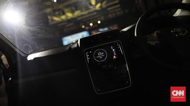 Headunit pada semua varian new Veloz dan sebagian new Avanza menggunakan teknologi touchscreen, steering switch.