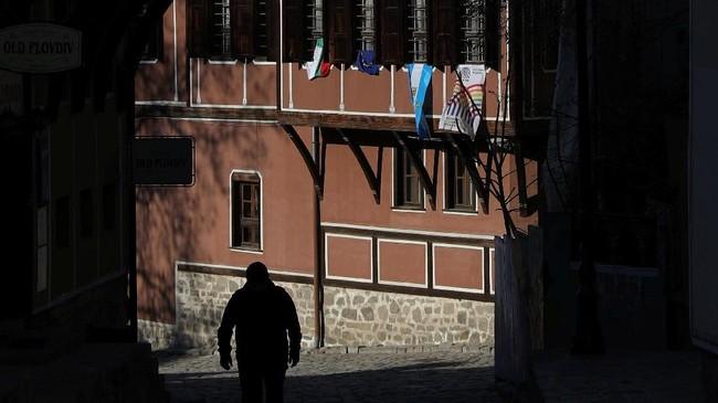 Kota terbesar kedua di negara Balkan ini telah mengalami peningkatan kunjungan wisatawan yang datang untuk berwisata sejarah. (REUTERS/Stoyan Nenov)