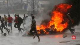 VIDEO: Demo Kenaikan BBM di Zimbabwe Ricuh