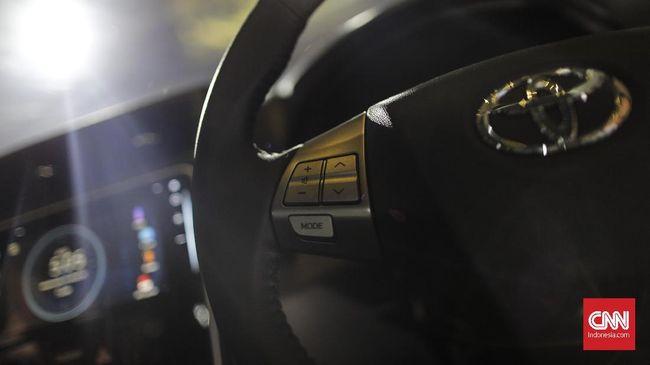Toyota Masih Jual 'Avanza' Transmover, tapi Pakai Desain Lama