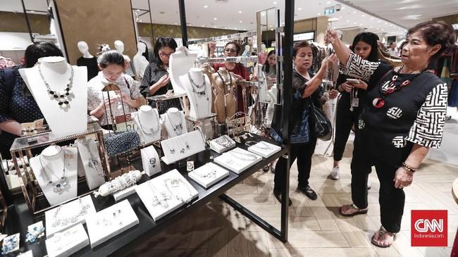 Gerai tersebut baru dibuka oleh PT Central Retail Indonesia, anak usaha perusahaan ritel asal Thailand pada 2016 lalu.(CNNIndonesia/Safir Makki)