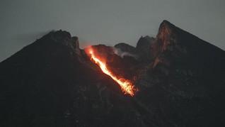 Gunung Merapi Keluarkan 18 Guguran Lava Sejak Selasa Malam