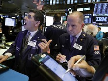 Apple dan The Fed Hijaukan Wall Street