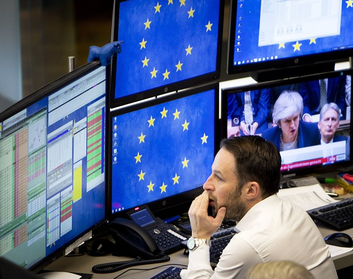 Tampaknya tekanan jual tehadap asing di pasar saham domestik masih akan berlangsung.