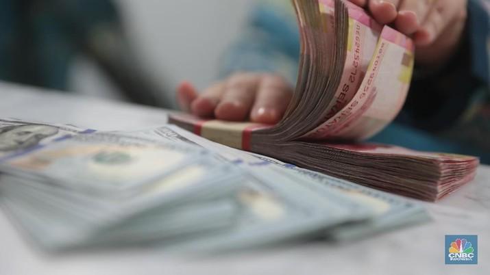 Pukul 11.00 WIB: Rupiah Belum Beranjak dari Rp 13.680/US$