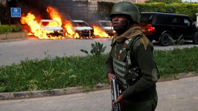 Serangan teror berupa bom bunuh diri dan penembakan terjadi di Ibu Kota Kenya, Nairobi. (REUTERS/Njeri Mwangi)