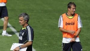 Van der Vaart Mengaku Diusir Mourinho dari Madrid