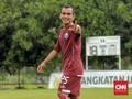 Persija Hajar Home United, Riko Simanjuntak Bersinar