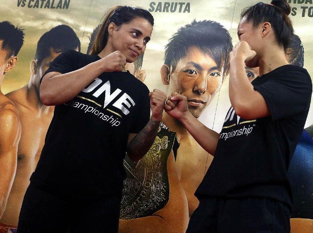 Atlet berusia 30 tahun tersebut belum pernah terkalahkan di Jakarta, dan bagi para pendukungnya – baik di dalam maupun luar negeri – telah memastikan bahwa ini adalah salah satu laga yang paling ditunggu-tunggu.