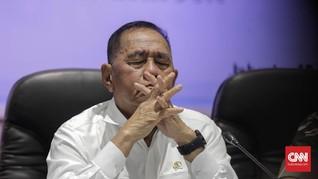 Menhan Imbau Masyarakat Waspadai Militan ISIS Asal Indonesia