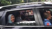 VIDEO: Jelang Debat Capres, Sandiaga Tiba di Rumah Prabowo