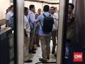 Pendukung Prabowo Protes Dilarang Masuk Ruang Makan