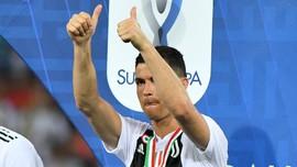 Juara Piala Super Italia, Ronaldo Dikunjungi Mayweather Jr.