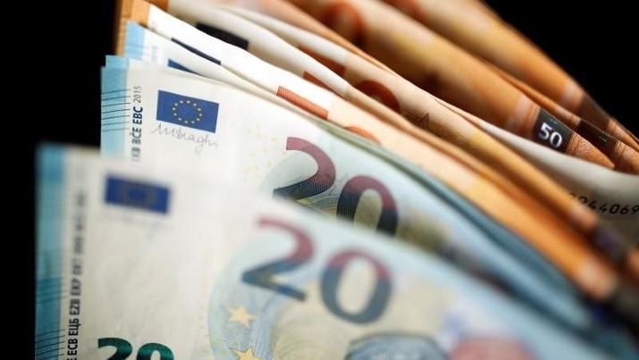 Euro Tetap Loyo Meski AS Diprediksi Resesi