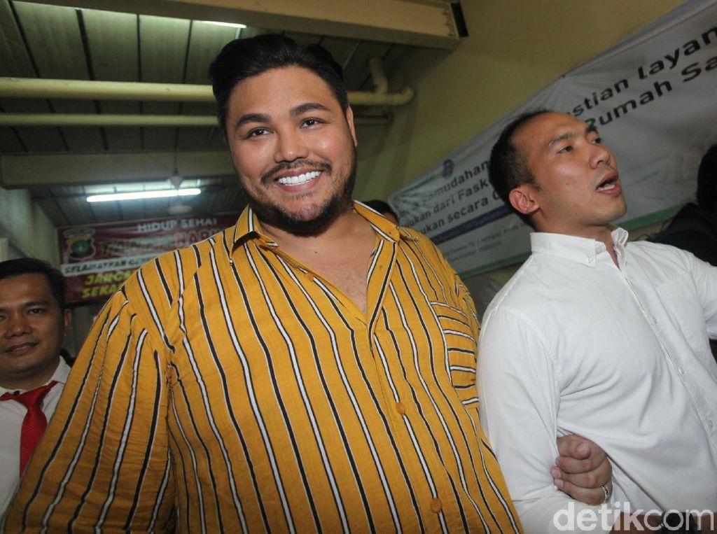 Raut Wajah Ivan Gunawan Sebelum dan Setelah Jalani Tes di Polres