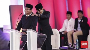 Ulasan Debat Capres: Prabowo Lebih Santai, Jokowi Emosional