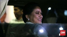 Iriana Jokowi 'Plong' Anak Kedua Gibran Lahir