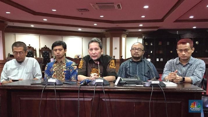 Bisa Rugi Besar, RI Harus Hati-hati Nego Pusat Data & GSP