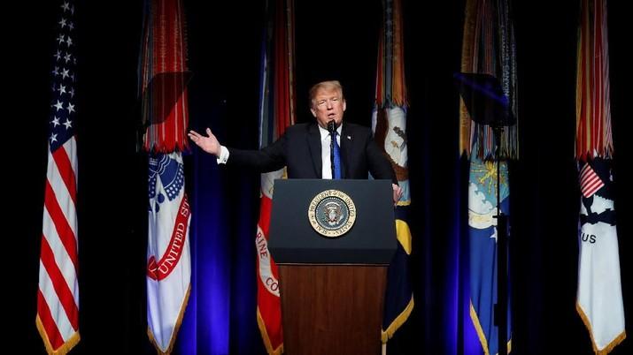 Begini Iming-Iming Trump ke Senat Demi Akhiri Shutdown AS