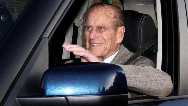 Kerajaan Inggris Enggan Perkarakan Kecelakaan Pangeran Philip