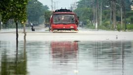 Gresik Selatan Banjir, Diperparah Jebolnya Dua Tanggul