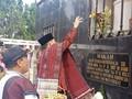 Ke Toba Samosir, Adik Prabowo Ziarah ke Makam Pahlawan