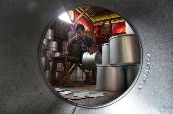 Melihat Pembuatan Langseng Tradisional di Cileunyi