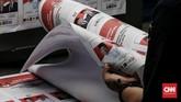 Proses pencetakkan kertas suara untuk Pemilu 2019 itu serentak dilakukan hari ini di enam perusahaa percetakan. (CNN Indonesia/Andry Novelino)
