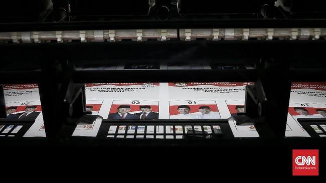 Total ada 939.879.651 eksemplar kertas suara yang dicetak dengan nilai kontrak Rp 603.342.100.900. (CNN Indonesia/Andry Novelino)