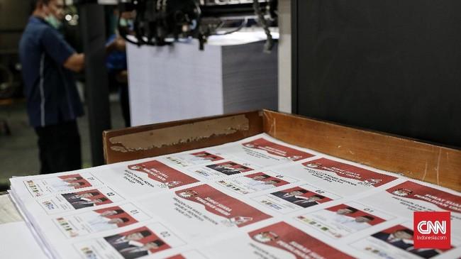 Percetakan-percetakan tersebut adalah yaitu PT Aksara Grafika Pertama di Jakarta, PT Balai Pustaka Jakarta, PT Gramedia di Jakarta, PT Adi Perkasa Makassar, PT Temprina Media Grafika di Gresik, dan PT Puri Panca Pujibangun di Surabaya. (CNN Indonesia/Andry Novelino)