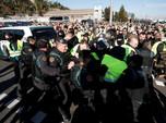 Demo Ratusan Sopir Taksi Lumpuhkan Lalu Lintas di Spanyol