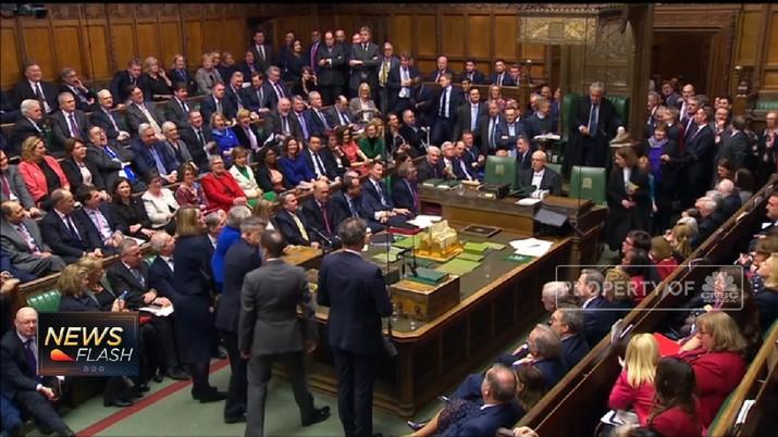 Menteri Luar Negeri Inggris Jeremy Hunt mengatakan UE memberikan sinyal