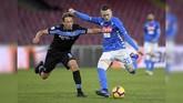Napoli menjamu Lazio dalam giornata ke-20 Serie A Liga Italia 2018/2019 di Stadion San Paolo. Napoli berambisi menjaga jarak dengan Juventus dan Lazio berniat masuk ke zona empat besar. (REUTERS/Alberto Lingria)