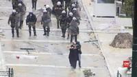VIDEO: Protes Yunani Ricuh, Polisi Tembakkan Gas Air Mata