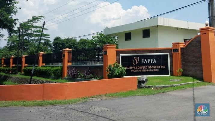 Fitch Ratings memberikan peringkat 'BB-' dengan prospek stabil pada surat utang jangka panjang yang diterbitkan PT Japfa Comfeed Indonesia Tbk (JPFA)