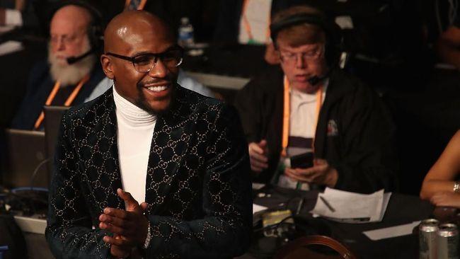 Tyson Geram Mayweather Klaim Lebih Hebat dari Muhammad Ali