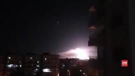 VIDEO: Israel Gempur Target Iran di Suriah dengan Rudal