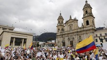 Bom Tewaskan 20 Polisi, Ribuan Warga Kolombia Berunjuk Rasa