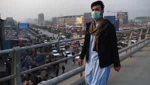 FOTO: Polusi Bagai Bom Waktu Afghanistan