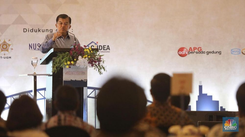 Jusuf Kalla di di Acara Indonesia Development and Business Summit, Jakarta, Selasa (22/1/2019). (CNBC Indonesia/Andrean Kristianto)