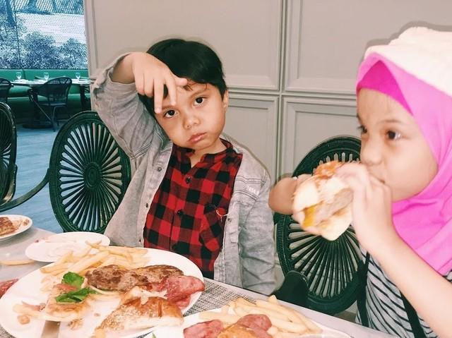10 Gaya Lucu Qahtan, Gen Halilintar Ke-11 Saat Cicip Makanan