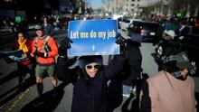 Ratusan PNS AS Korban Penutupan Pemerintahan Gelar Aksi Diam