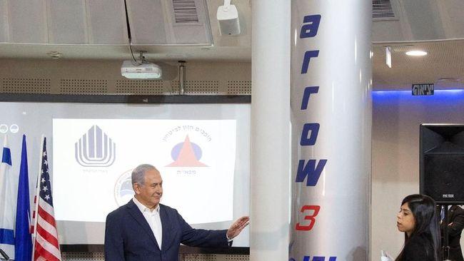 Israel dan AS Uji Coba Sistem Pencegat Rudal Balistik