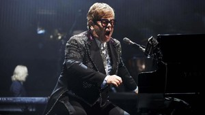 Adegan Vulgar Dicabut dari Biopik Elton John